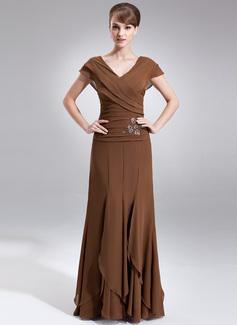 A-linjainen/Prinsessa V-kaula-aukko Lattiaa hipova pituus Sifonki Morsiamen äiti-mekko jossa Helmikuvoinnit Laskeutuva röyhelö (008006059)