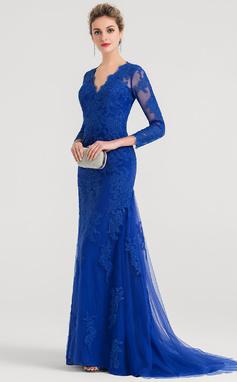Trumpet/Mermaid V-neck Sweep Train Tulle Evening Dress (017147946)