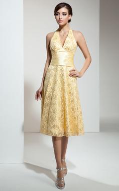 A-Line/Princess Halter Knee-Length Lace Bridesmaid Dress With Ruffle (007001132)