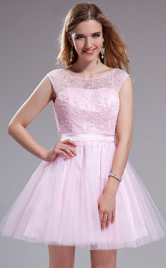 A-Line/Princess Scoop Neck Short/Mini Tulle Lace Prom Dress With Ruffle Beading Sequins Bow(s) (018025270)