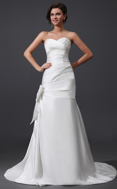 A-Line/Princess Sweetheart Court Train Satin Wedding Dress With Ruffle Bow(s) (002030759)
