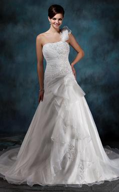 Forme Princesse Encolure asymétrique Traîne moyenne Satiné Organza Robe de mariée avec Emperler Motifs appliqués Dentelle Fleur(s) Robe à volants (002004545)