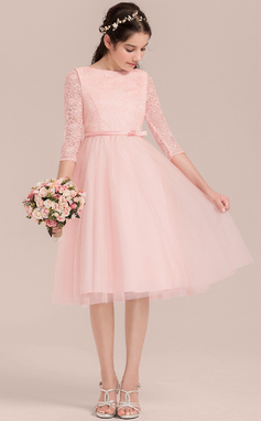 A-Line/Princess Scoop Neck Knee-Length Tulle Junior Bridesmaid Dress With Bow(s) (009130639)
