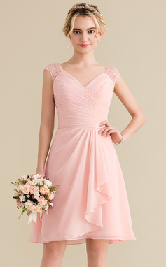 A-Line/Princess V-neck Knee-Length Chiffon Lace Homecoming Dress With Cascading Ruffles (022165789)