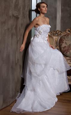 Forme Princesse Sans bretelle Traîne moyenne Satiné Organza Robe de mariée avec Plissé Fleur(s) (002014927)