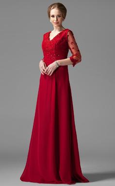 Vestidos princesa/ Formato A Decote V Longos De chiffon Vestido para a mãe da noiva com Pregueado Renda Bordado (008004443)