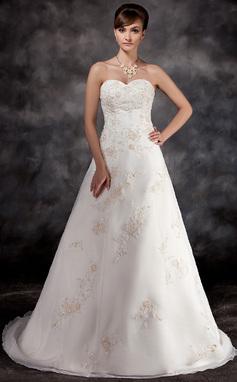 Robe Princesse Amoureux Traîne moyenne Organza Robe de mariée avec Brodé Motifs appliqués Dentelle (002016932)