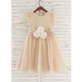 A-Line Knee-length Flower Girl Dress - Tulle Sleeveless Scoop Neck With Flower(s)/Rhinestone (010172334)