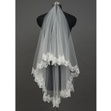 One-tier Waltz Bridal Veils With Lace Applique Edge (006034410)