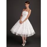 Vestidos princesa/ Formato A Sem Alças Comprimento médio Tafetá Vestido de noiva com Pregueado Bordado Apliques de Renda (002015544)