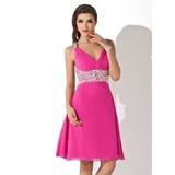 Vestidos princesa/ Formato A Decote V Coquetel De chiffon Vestido de cocktail com Bordado (016008381)