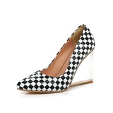 Patent Leather Wedge Heel Pumps Closed Toe schoenen (116057287)