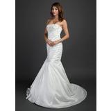 Раструб/Платье-русалка Без лямок Церемониальный шлейф Тафта Свадебные Платье с Рябь Бисер (002015352)