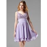 A-Line/Princess V-neck Short/Mini Chiffon Homecoming Dress With Ruffle Beading Sequins (022004341)