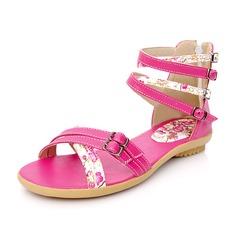 Konstläder Flat Heel Sandaler Platta Skor / Fritidsskor med Spänne skor (087049005)