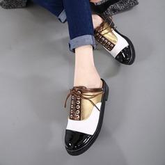 Женщины кожа Плоский каблук На плокой подошве Закрытый мыс Босоножки Тапочки с Шнуровка обувь (087124984)