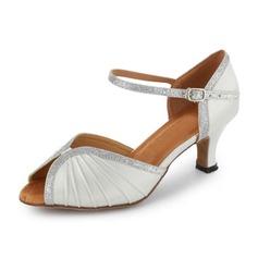 Mulheres Couro Espumante Glitter Saltos Sandálias Latino Sapatos de dança (053018525)