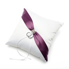 Ring Pillow in Satin With Ribbons/Sash (103025756)