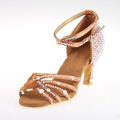 Женщины Атлас На каблуках Сандалии Латино с горный хрусталь Ремешок на щиколотке Обувь для танцев (053018639)