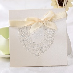 Stile Cuore Fold Top Invitation Cards con Nastri (Set di 10) (114032366)