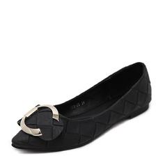 Женщины PU Плоский каблук На плокой подошве Закрытый мыс с пряжка обувь (086139684)