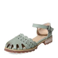 Женщины PU Низкий каблук Закрытый мыс с пряжка В дырочку обувь (086139708)