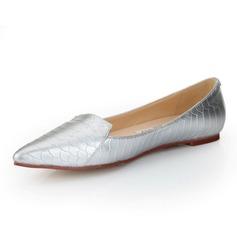 Äkta läder Flat Heel Platta Skor / Fritidsskor Stängt Toe skor (086052992)