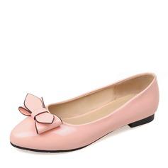Женщины PU Плоский каблук На плокой подошве Закрытый мыс с бантом обувь (086141409)