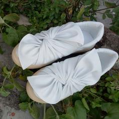 Женщины PU Низкий каблук На плокой подошве Закрытый мыс с бантом обувь (086141253)