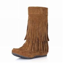 Женщины Замша Низкий каблук Сапоги до середины голени с кисточкой обувь (088097390)
