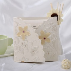 Style Florale Pli en 3 Invitation Cards (Lot de 10) (114032361)