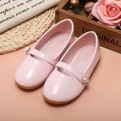 Fille de Bout fermé similicuir talon plat Chaussures plates Chaussures de fille de fleur avec Perle d'imitation (207095544)