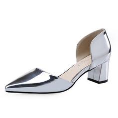 Женщины Лакированная кожа Устойчивый каблук На каблуках Закрытый мыс обувь (085070497)