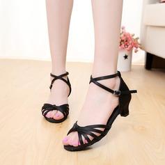 Детская обувь Атлас На каблуках Сандалии Латино Обувь для танцев (053121197)