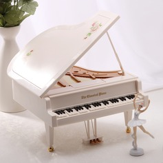 Non-personalized Elegant Alloy Plastic Music Box (129056082)