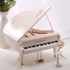 Elegante Music Box (129056082)