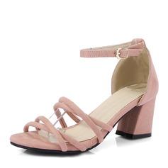 Женщины Замша Устойчивый каблук Сандалии На каблуках с пряжка обувь (087155481)