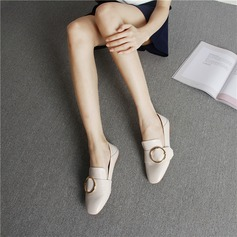 Женщины PU Плоский каблук На плокой подошве Закрытый мыс с пряжка обувь (086142454)