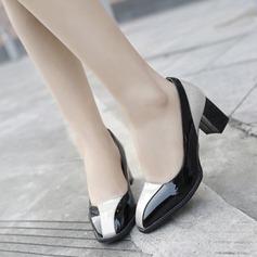 Женщины Лакированная кожа Устойчивый каблук На каблуках Закрытый мыс с Соединение врасщеп обувь (085112139)