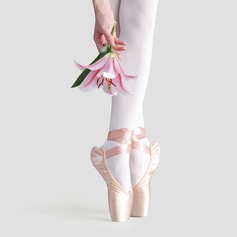 Женщины Атлас На плокой подошве Обувь Пуанты Обувь для танцев (053121969)