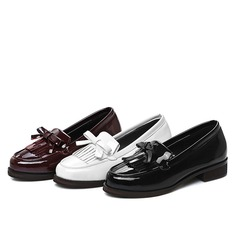 Femmes Cuir verni Talon plat Chaussures plates Bout fermé avec Bowknot Tassel chaussures (086119368)