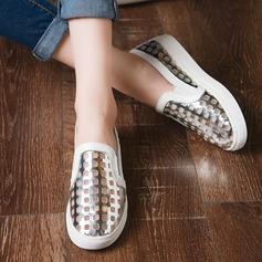 Женщины Лакированная кожа Плоский каблук На плокой подошве с В дырочку обувь (086138228)
