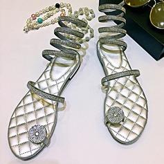 Mulheres Couro Sem salto Sem salto Sandálias Beach Wedding Shoes com Strass (047125421)