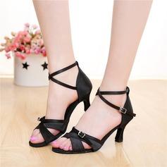 Женщины Атлас На каблуках Сандалии Латино с пряжка В дырочку Обувь для танцев (053108031)