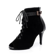 Mulheres Couro verdadeiro Camurça Saltos Botas dança botas com Fivela Aplicação de renda Sapatos de dança (053059712)