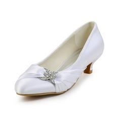Женщины Атлас Низкий каблук (рюмка) Закрытый мыс На каблуках с горный хрусталь (047026402)