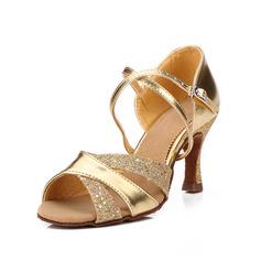 Mulheres Couro Saltos Sandálias Latino com Correia de Calcanhar Sapatos de dança (053052423)