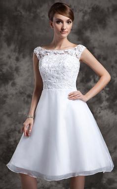 Corte A/Princesa Escote redondo Hasta la rodilla Organdí Encaje Vestido de novia (002015023)