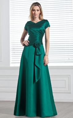 A-linjainen/Prinsessa V-kaula-aukko Lattiaa hipova pituus Satiini Morsiusneitojen mekko jossa Rypytys Kukka(t) (007001491)