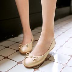 De mujer PU Tacón plano Planos Cerrados con Bowknot zapatos (086142462)